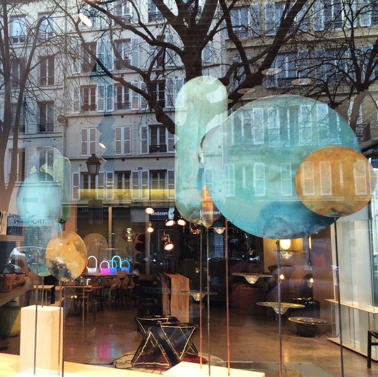 Shop window art, Paris
