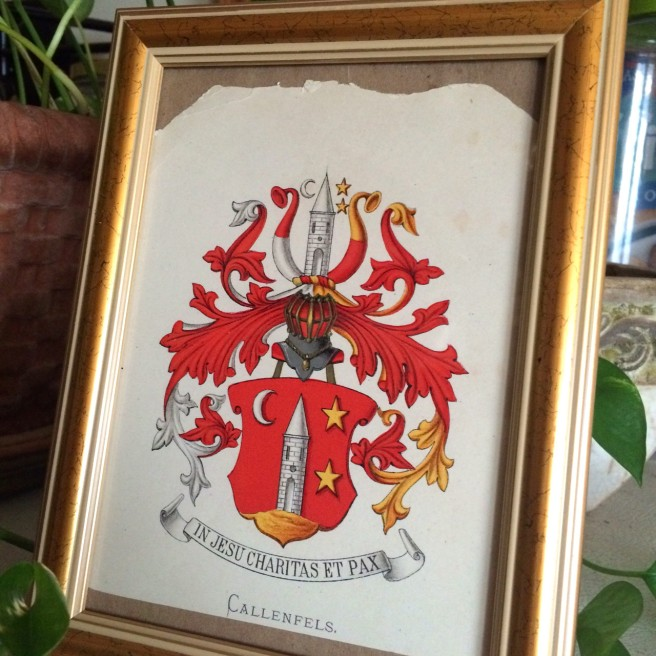 An old crest, printed meticulousl. I already framed it.
