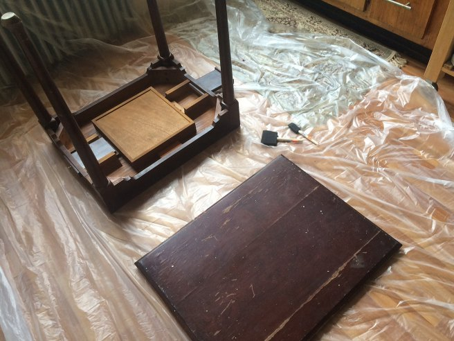 Queen Anne style gaming table to be restored